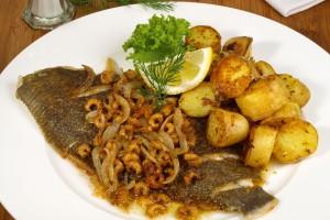 Fisch Krabben Bratkartoffeln Gastronomie Busreise Baustein